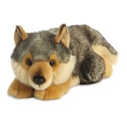 Loup couché