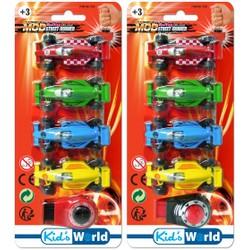 4 véhicules Formule 1 avec lanceur