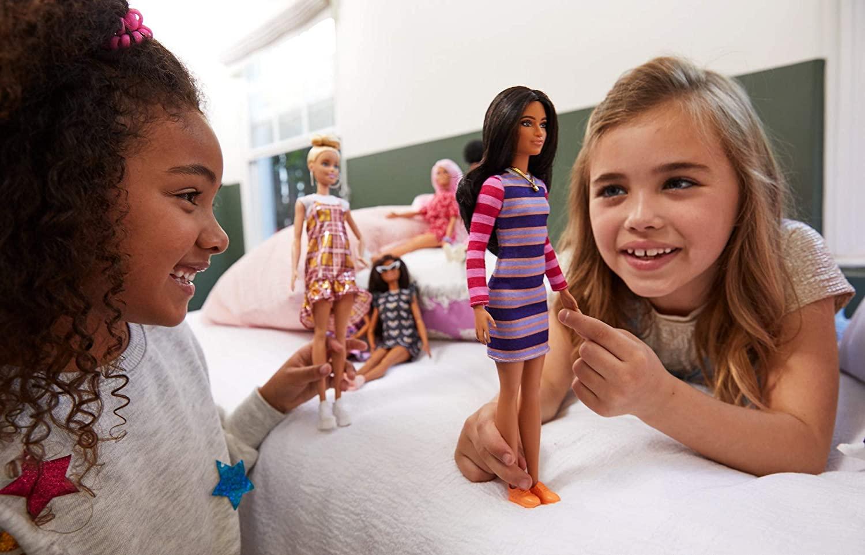 Barbie Fashionistas 147 - Robe rayée à longues manches